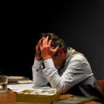 46.Cuadro final de El viaje interminable, de Jorge Dávila Vázquez. Lectura dramática, dirigida por Marialeón Arias, en el teatro Seki Sano, de Bogotá, el 25 de agosto de 2015.