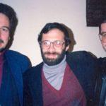 En La Paz, durante las Jornadas Andinas de Literatura Latinoamericana, JALLA, en 1993, con el crítico cubano – norteamericano Román de la Campa, y el académico argentino Ricardo Kaliman.