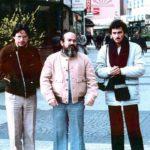 En Múnich, RFA, con el poeta y cineasta Ulises Estrella y el crítico de cine Ramiro Larrea, abril de 1983.
