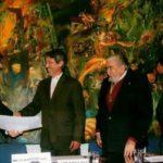 Ingreso como miembro Correspondiente de la Academia Ecuatoriana de la Lengua, noviembre 30, 2011. Federico Torres Muro, embajador de España en Ecuador, Jorge Salvador Lara, presidente, Juan Valdano, secretario