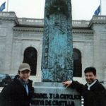 Con el joven cineasta Emilio Izquierdo, en Washington DC, 1996.