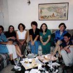 Con las escritoras Carolina Andrade, Gilda Holst, Marcela Vintimilla, Liliana Miraglia, Patricia Védova, y Cecilia Ansaldo, Guayaquil, septiembre de 1999.